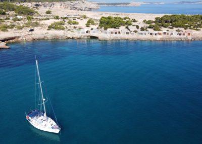 Imagen dron fondeo Ibiza